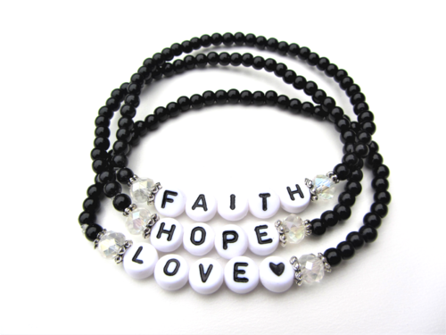 Armbandenset FAITH HOPE LOVE zwart wit sieraden